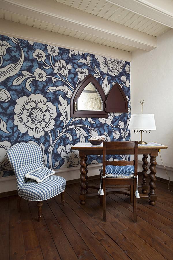 Wnętrza inspirowane folklorem, tapeta folkowa, tapeta tradycyjna, Floral Decorative Pattern