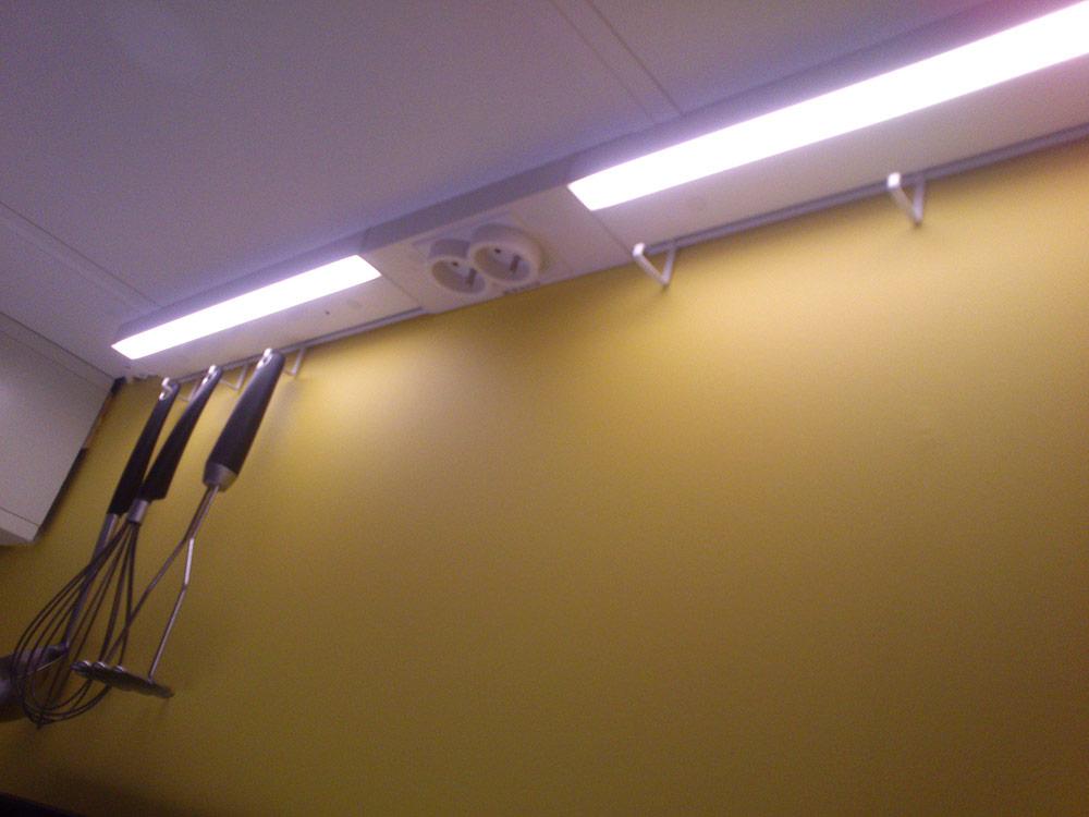 nowe kuchnie ikea metod, oświetlenie blatu roboczego
