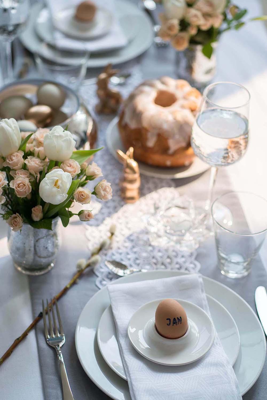 stół wielkanocny w różnych stylach, stół wielkanocny w stylu glamour, stół wielkanocny w stylu klasycznym