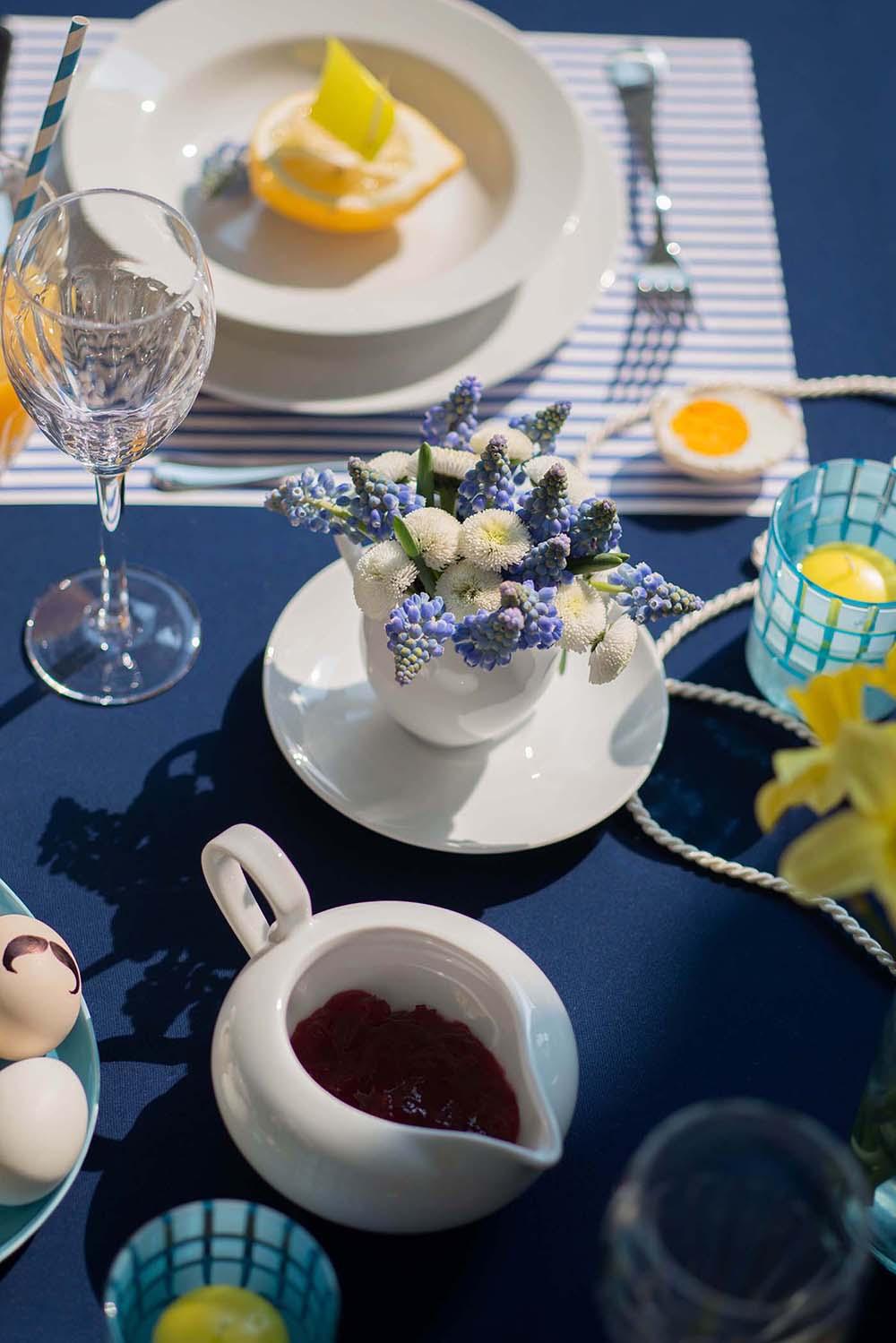 stół wielkanocny w różnych stylach, stół wielkanocny w stylu marynistycznym