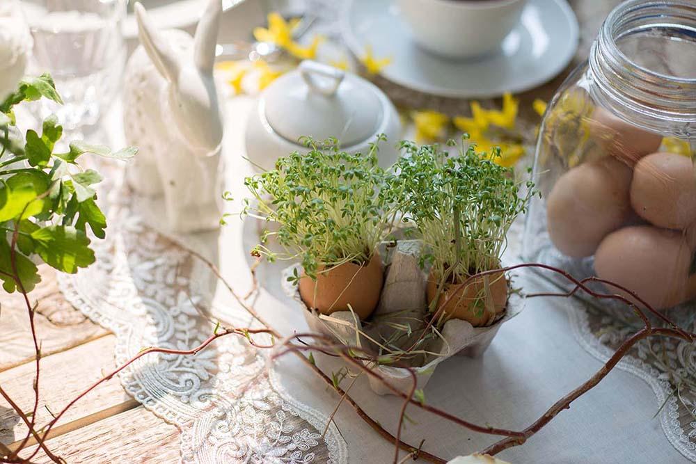 stół wielkanocny w różnych stylach, stół wielkanocny w stylu rustykalnym